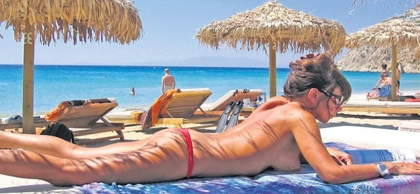 Nude-Beaches-on-Greek
