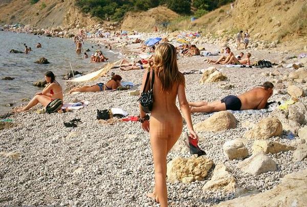 hirvatistan ciplak plaj