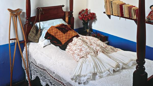 kahlo-dresses