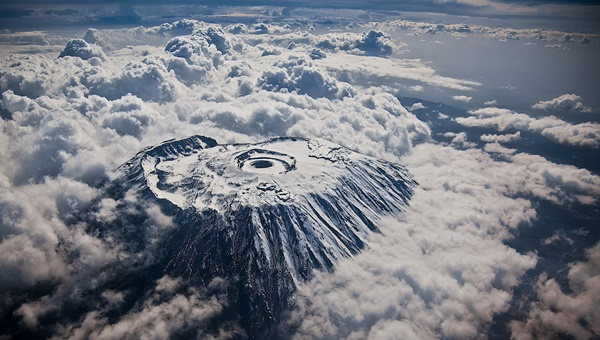 mount-kilimanjaro-from-an-airplane-snow-covered-16