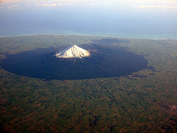 mount-taranaki-volcano-from-an-airplane-aerial-from-above-18