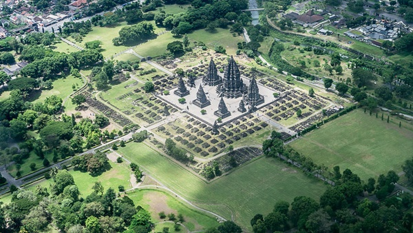 prambanan-temple-aerial-from-an-airplane-22