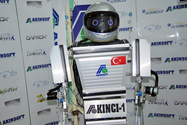 turk-robot-komik