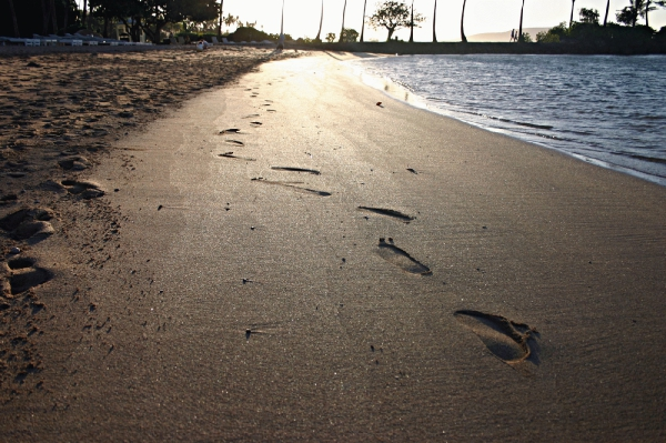 kumsal ayak izleri