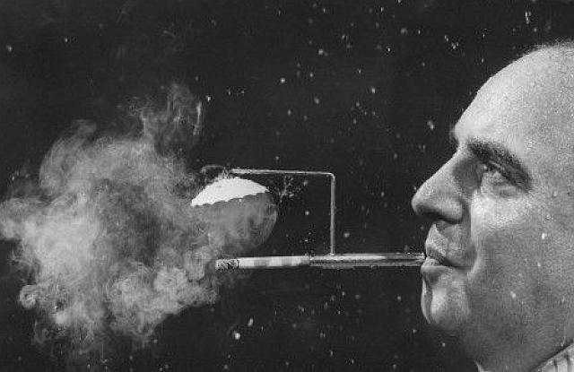 rainy-day-cigarette-holder
