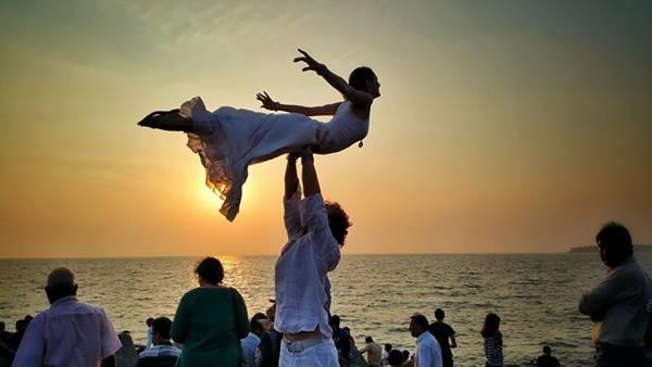 weddingcouple-wedding-around-the-world-travel-cheetah-rhiann-6