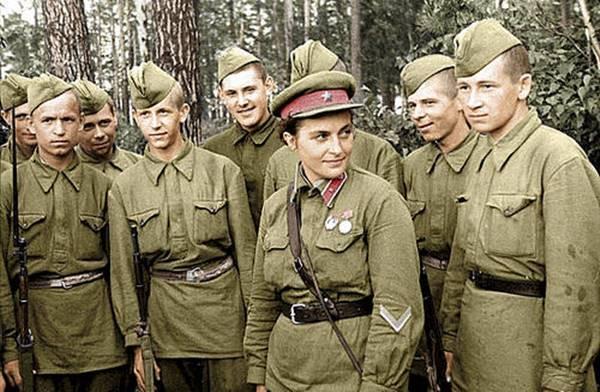 10-Lyudmila Pavlichenko
