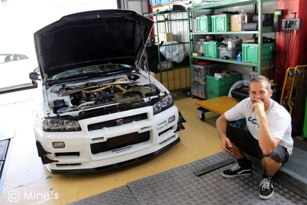 paul walker nissan