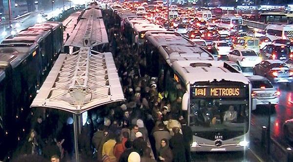 metrobus-ve-trafik