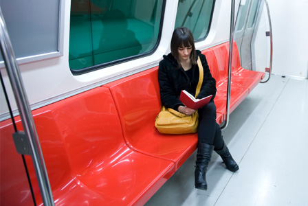 metroda-kitap-okumak