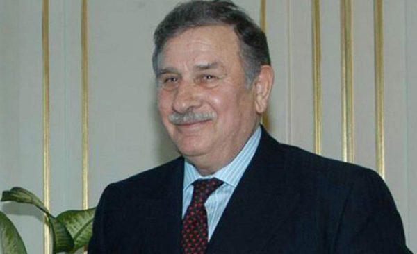 20) YILDIRIM AKBULUT (1935- )
