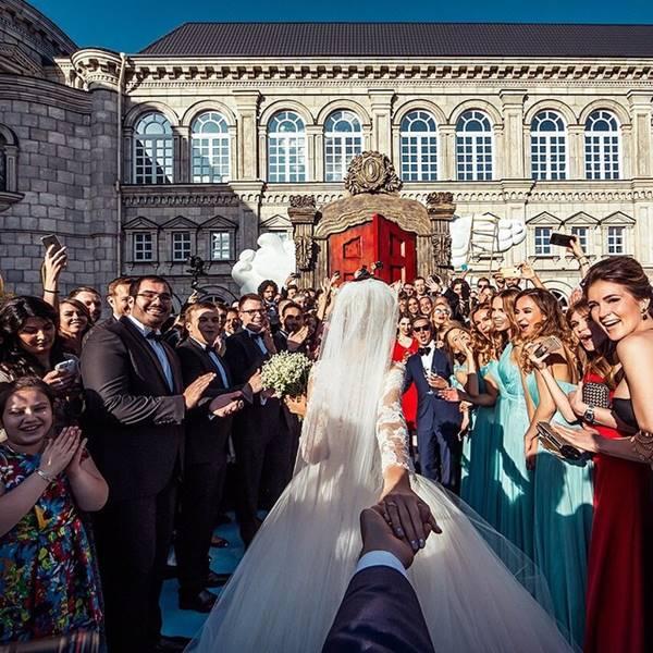 dugunfollow-me-evlendi