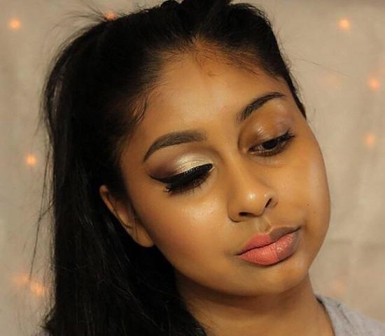 power-of-makeup-selfies-half-face-trend-17__605