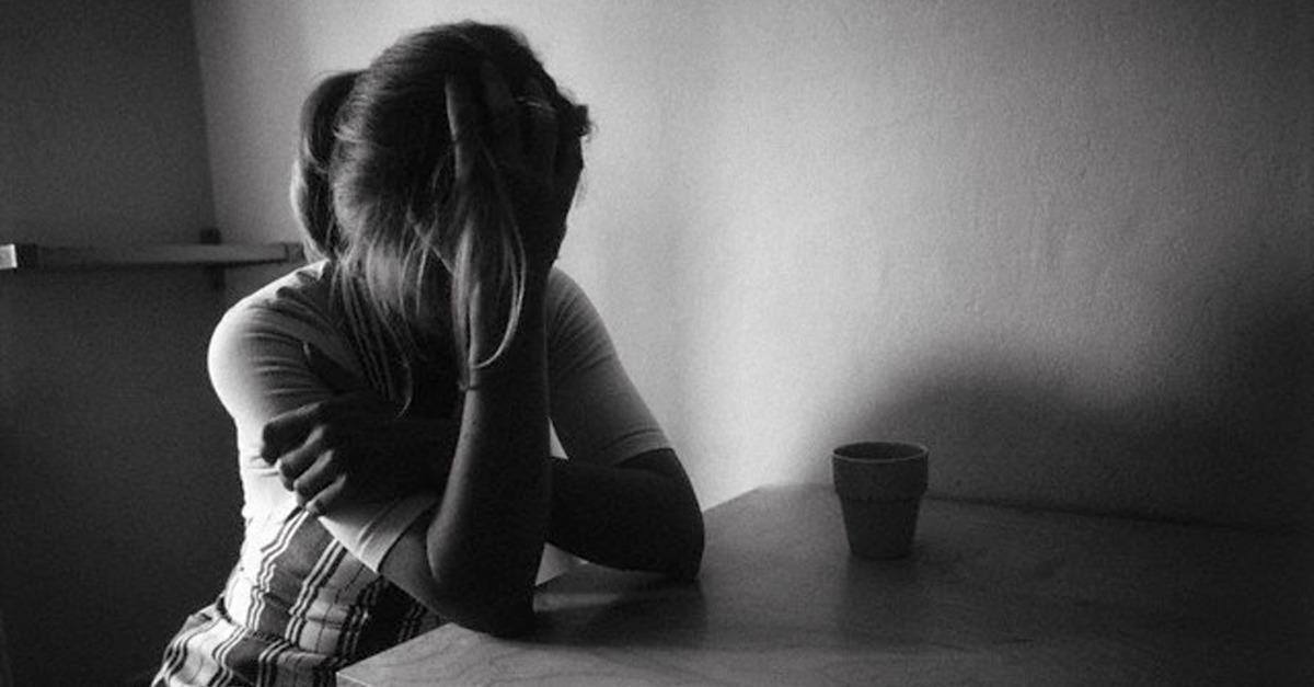stres-ve-uzuntu-de-cinselligi-etkiler-listelist