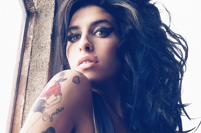 amy-winehouse-dovme