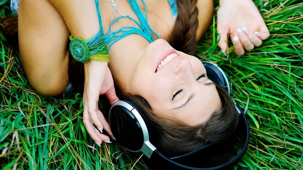 elektronik-muzik-sevgisi-listelist-sensess