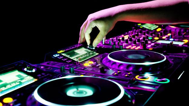 elektronik-muzik-sss