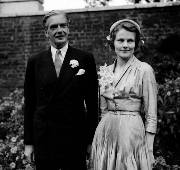 SIR ANTHONY EDEN AND WIFE : 1952