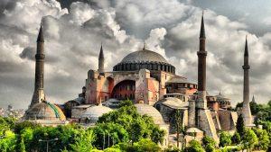 istanbulun-tarihi-alanları-yani-tarihi-yarımada-listelist