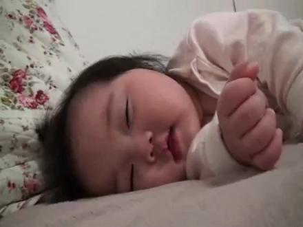 japan uyuyançocuk