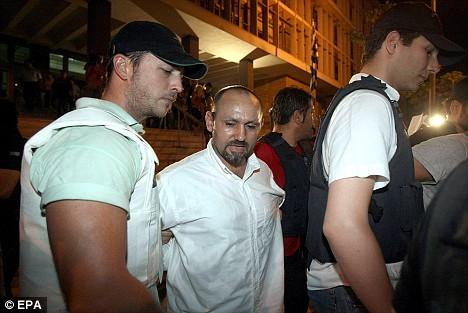 tutuklu-ve-polis-listelist