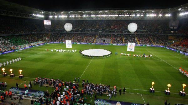 uefa-kupasi-finalinin-ev-sahibi-listelist
