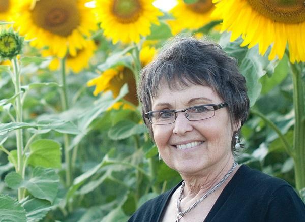 babbettes-seeds-hope-cancer-sunflower-four-m