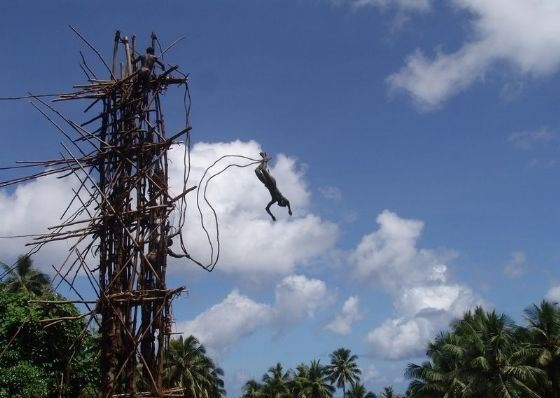 bungee-jumpinge-benzeyen-gkol-gelenegi-listelist