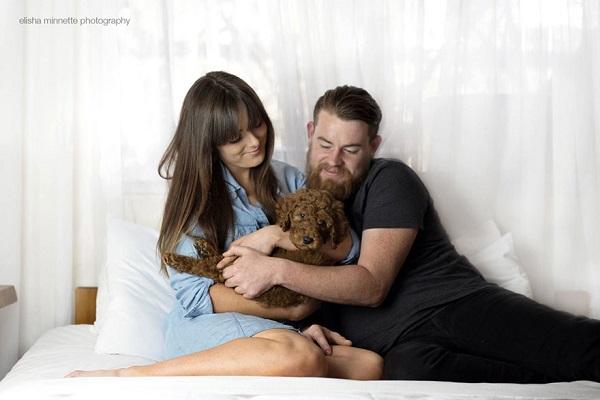 couple-newborn-dog-elisha-minnette
