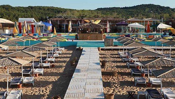 gece-parti-gunduz-deniz-keyfi-suma-beach-listelist (1)