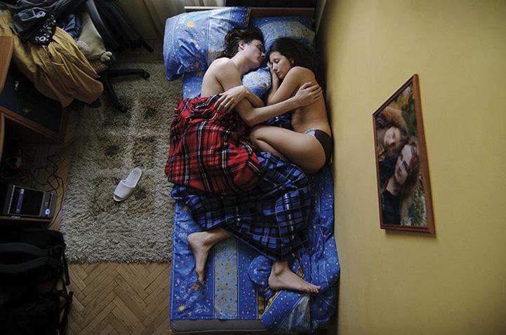hamile ciftler uyuyor 4