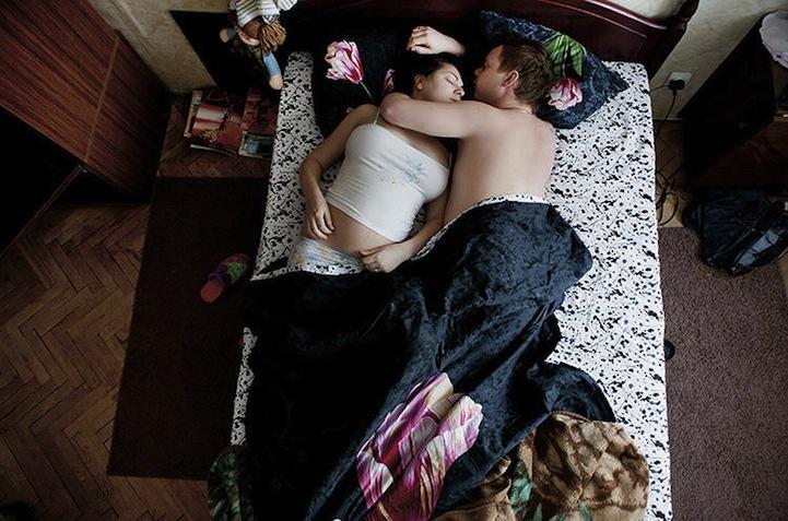 hamile ciftler uyuyor 6