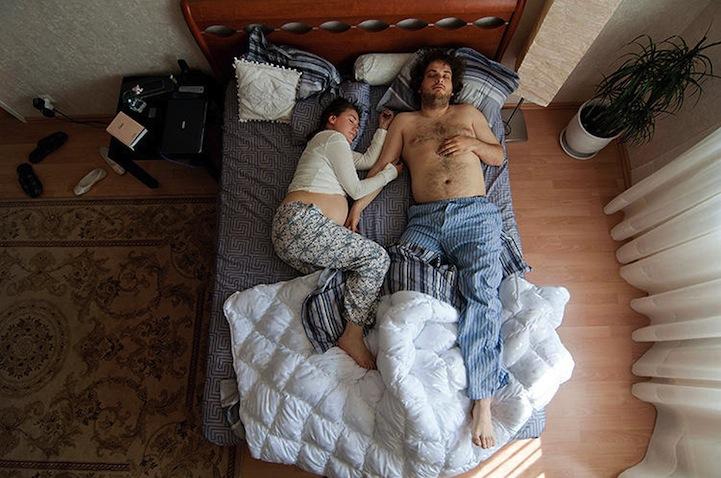 hamile ciftler uyuyor