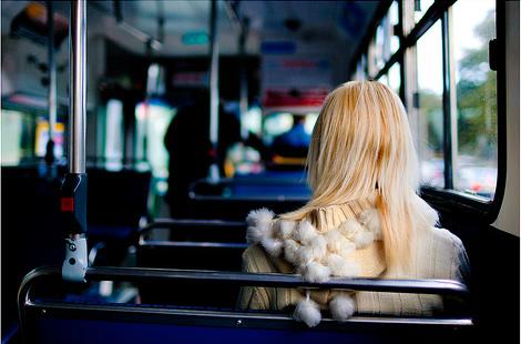 Otobus_Kiz