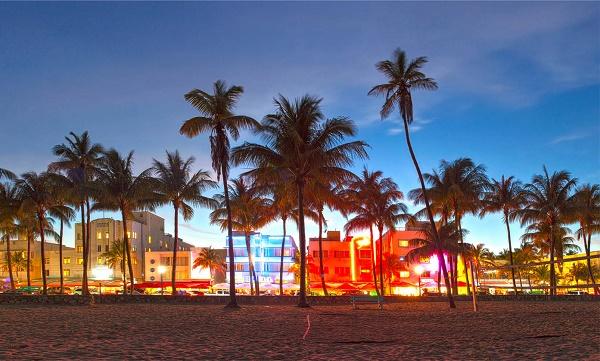 miami-beach-florida-lufthansa