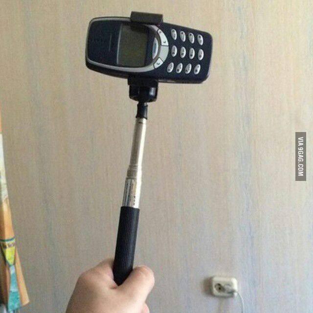 selfie-stick-nokia-3310