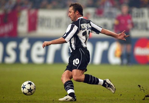 Fussball: CL 03/04, Besiktas Istanbul - FC Chelsea