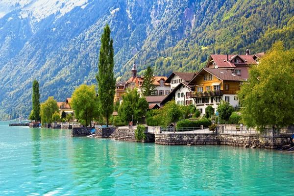 swiss-lake-summer