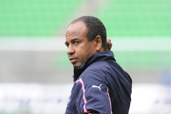 FOOTBALL - FRENCH CHAMPIONSHIP 2010/2011 - L1 - STADE RENNAIS v GIRONDINS BORDEAUX - 30/04/2011 - PHOTO PASCAL ALLEE / DPPI - JEAN TIGANA (BORDEAUX COACH)