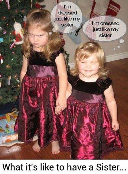 Bayramda seyranda ikiz gibi giydirilmek