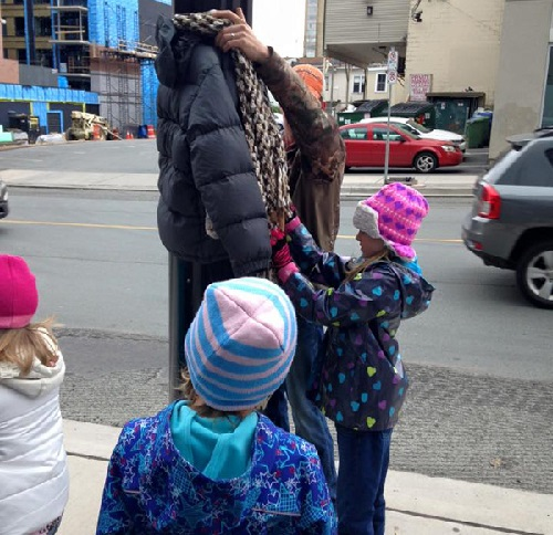 children-donate-warm-clothes-homeless-winter-canada