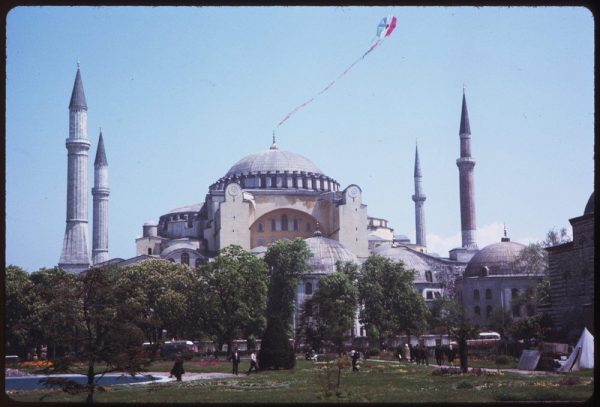 cushman-was-also-able-to-capture-the-beautiful-gardens-that-surround-the-front-of-the-mosque