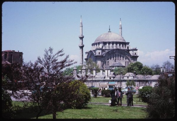 one-of-the-best-examples-of-the-baroque-style-from-the-ottoman-empire-the-nuruosmaniye-mosque-is-located-in-istanbuls-eminn-neighb