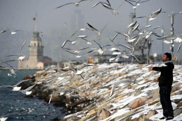 13-İstanbul'a Kar Yağıyordu