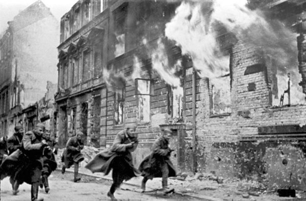 3. İkinci Dünya Savaşıyla Başlayan Zor Yıllar