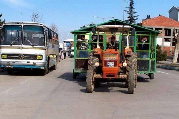iki oda bir traktör