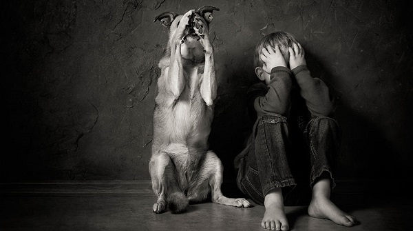 photographers-from-all-over-the-world-capture-amazing-photos-of-children-and-animals__