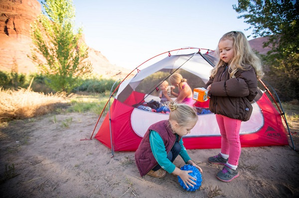 three-moms-take-their-kids-on-epic-wilderness-adve
