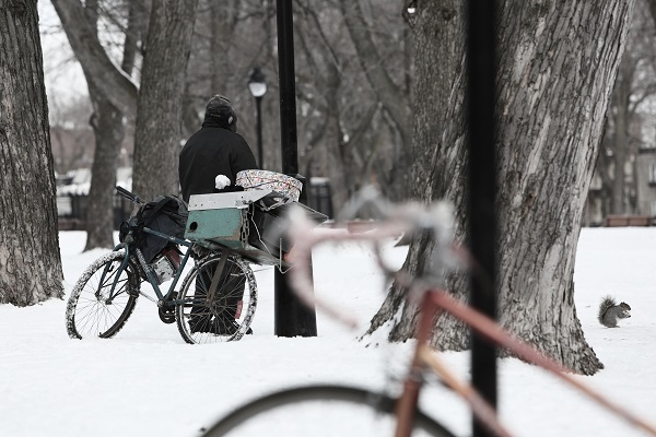 2014-05-Life-of-Pix-free-stock-photo-bike-snow-homeless