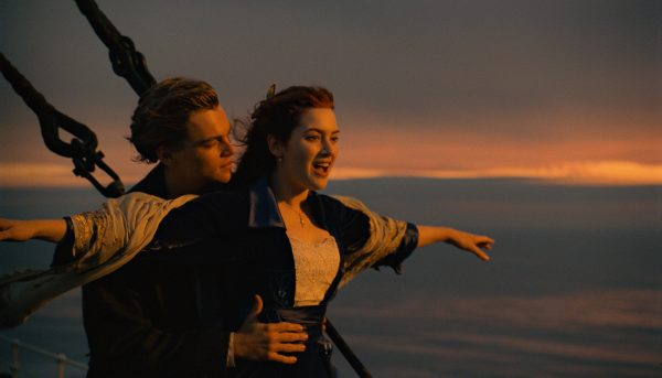 "THIS HANDOUT FILE HAS RESTRICTIONS!!!  	Leonardo DiCaprio and Kate Winslet in a scene from ""Titanic,"" in 3-D, directed by James Cameron.  NYTCREDIT: Paramount Pictures and Twentieth Century Fox       06titanic3d"